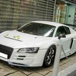 Siêu xe Audi R8 màu trắng độ phong cách khủng
