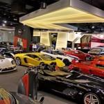 Ngắm dàn siêu xe, siêu sang khủng ở showroom