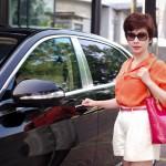 Nhan sắc xinh đẹp của nữ doanh nhân mua Maybach S600