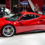 Trải nghiệm cảm giác lái siêu xe Ferrari 488 GTB