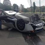 Xe siêu sang Maybach 62S gặp tai nạn lên truyền hình