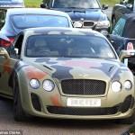 Xe siêu sang Bentley 13 tỷ bị kéo lê trên đường phố