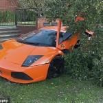 Siêu xe Lamborghini đua bị cháy tan tành