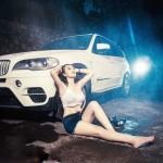 Người mẫu ướt át cùng xe sang BMW