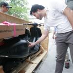 Ngắm siêu xe máy Vespa 946 Emporio Armani về Việt Nam