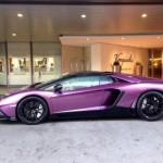 Đại gia Ả Rập mua siêu xe Lamborghini Aventador màu tím chung thủy