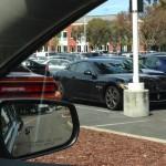 Nhân viên làm thuê cho Facebook toàn đi siêu xe