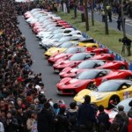 Đại gia Nhật Bản khoe siêu xe khủng trên phố đông