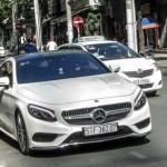 Xe siêu sang Mercedes S500 Coupe dạo phố Sài Gòn