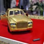 Ngắm xe siêu sang Rolls royce Phantom 100% làm từ vàng