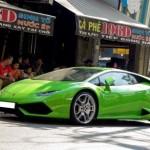 Siêu xe Lamborghini Huracan gây chú ý khi xuất hiện ở Sài Gòn