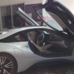 Gặp siêu xe BMW i8 của thiếu gia Sóc Trăng đi bảo dưỡng