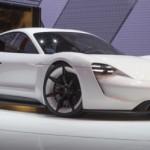 Đàn em Porsche Mission E Concept đi được 500 km sau 15 phút sạc