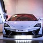 Cận cảnh siêu xe McLaren 570GT ngoài đời thực