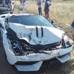 Siêu xe Lamborghini Gallardo nát đầu vì đâm xe Mazda CX-5
