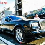 Video: Chi tiết xe siêu sang Rolls royce Phantom ở Lào Cai
