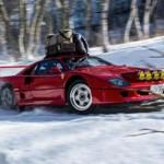 Siêu xe Ferrari F40 độ thành xe trượt tuyết ở Nhật Bản