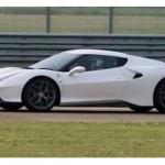 Siêu xe Ferrari mới hoàn toàn chạy thử