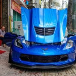 Ngắm siêu xe Chevrolet Corvette Z06 màu xanh về Sài Gòn