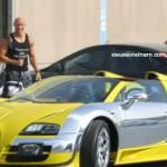 Đại gia Dubai dùng siêu xe Bugatti 2 triệu đô làm taxi