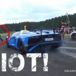 Phóng viên suýt mất mạng vì chạy qua đầu siêu xe Lamborghini