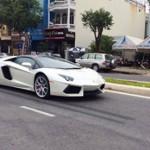 Siêu xe triệu đô Lamborghini Aventador mui trần ở Đà Nẵng