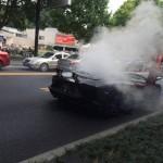 Siêu xe khủng Lamborghini Aventador độ bị cháy giữa đường