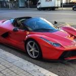 Siêu xe Ferrari LaFerrari Aperta mui trần xuất hiện ngoài đời thực