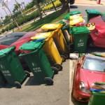 Xe siêu sang Mercedes CLS63 AMG Coupe được bảo vệ bằng thùng rác