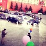 Thiếu gia Trung Quốc xếp 16 siêu xe cầu hôn bạn gái