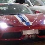 Người phụ nữ lái siêu xe Ferrari 458 Speciale chạm vào 2 siêu xe khác