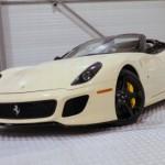 Siêu xe Ferrari 599 SA Aperta giá gần 1,5 triệu đô
