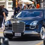 Xe siêu sang triệu đô Mercedes Royale 600 xuất hiện trên đường phố
