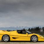 Ngắm vẻ đẹp siêu xe Ferrari F50 màu vàng thể thao