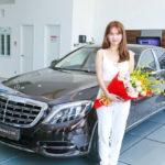 Ngọc Trinh chính thức nhận xe Maybach S500 giá 12 tỷ đồng