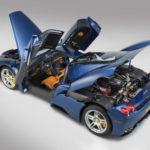 Siêu xe Ferrari Enzo màu xanh hiếm bán giá rẻ bất ngờ