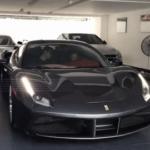 Siêu xe Ferrari 488 GTB màu xám của Cường đôla tăng tốc trên phố