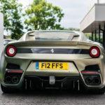 Siêu xe Ferrari F12tdf màu xanh độc nhất vô nhị trên thế giới