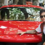 Tuấn Hưng khoe video lái siêu xe Ferrari 488 GTB trước tin đồn mượn xe