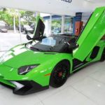 Lamborghini Aventador SV mang màu xanh cốm khác biệt nhất thế giới