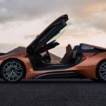 Siêu xe BMW i8 mui trần mới có gì đặc biệt ?