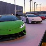 Dàn siêu xe Lamborghini khoe dáng cực đẹp lúc hoàng hôn
