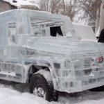 Xe siêu sang Mercedes G class bằng băng tuyết như thật