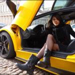 Nhiều chân dài xinh đẹp lái siêu xe triệu đô, nẹt pô cực hoành tráng