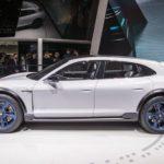 Porsche Mission E Cross Turismo: Sang trọng và tinh tế hơn