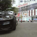 BMW 3 series độ toàn đen trên phố Sài Gòn