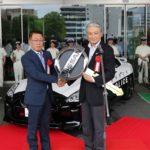 Cảnh sát Nhật vui mừng được nhận siêu xe Nissan GTR bản độc