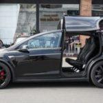 Dương Kon khoe Tesla Model X hàng khủng giá 8 tỷ