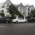 Vài xe siêu sang của đại gia Sài Gòn đỗ gần nhau