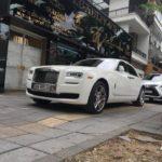 Maybach, Ferrari và Rolls royce trên phố Hà Nội